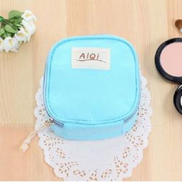 Косметичка для салфеток и ежедневок «AiQi» голубая 1-1047-4
