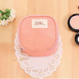 Косметичка для салфеток и ежедневок «AiQi» арбуз 1-1047-2