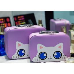 """Кейс чемоданчик для косметики """"Котик с голубыми глазками"""" 4-1027-6 Сиреневый"""